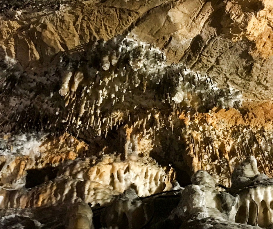 Mountain Caves in Tennessee